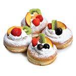 Ciambella con panna e frutta x2